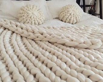 Made in Italy Hand knit throw chunky bed blanket Super jumbo giant merino wool-blanket merino wool giant for bed discounts SALES offer