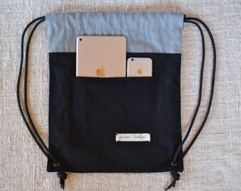 Canvas drawstring backpack with pocket: Black and grey