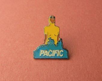 Pacific drink Ricard years badges Vintage 90's Enamel