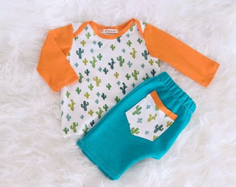 Baby Cactus Set, newborn child gift set, unisex, baby cactus, cotton clothing for newborn child, T-shirt, pants