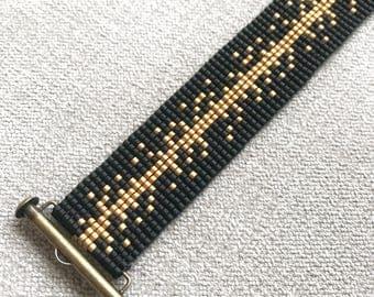 Black and Gold Miyuki Bracelet / Beaded Bracelet / Miyuki Beads / Miyuki Bead Bracelet  / Miyuki Delica / Slide Ending