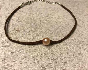 pearl choker, pearl choker, pearl necklace
