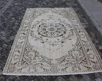 Free Shipping hanknotted wool turkish rug 5.5 x 8.5 ft. cream color floor rug, rustic rug, boho decor rug, wool oushak rug, decor rug, MB358