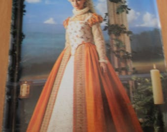 Simplicity Elizabethan costume collection 0679