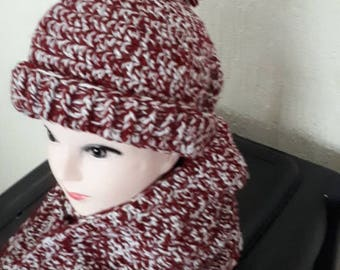 Gorgeous homemade crochet knitted scarf and hat. Chunky crochet scarf and hat you'll definitely want to wear in the colder months.