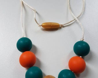 DunBroch - Women's statement necklace/infant teething necklace