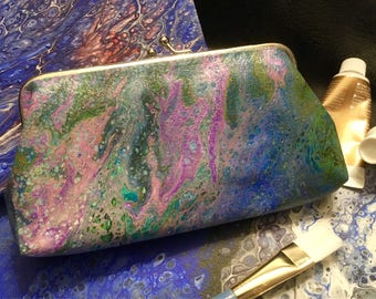 Art Clutch Acrylic Pour Cell Painting