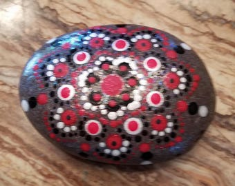 Dot Mandala Reds