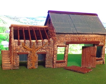 Garden Railway G Gauge 1.24th Derelice Farm Building With Corrugated Roof