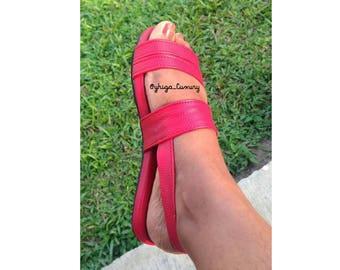 XURI Flat Sandals