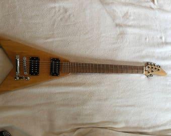 Mini V electric guitar