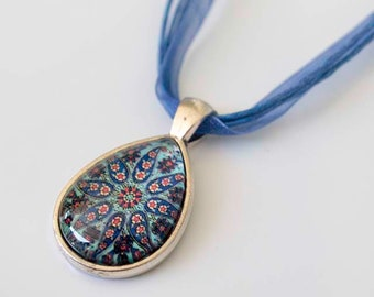 Lovely Blue Pattern Teardrop Cabochon Necklace