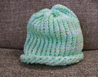 Shimmery Green, Yellow, and White Baby's Knit Hat