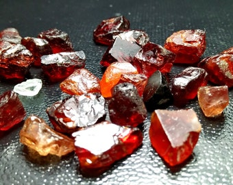 157.55 CT Unheated& Natural Red Garnet Rough Lot