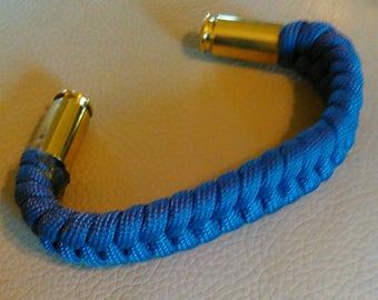 Shell end paracord bracelet