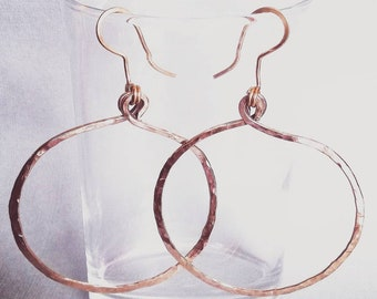 "Hoop earrings hammered ""ease"""