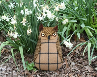 Brown and Beige Wool Horned Owl doll textured pillow softie plush