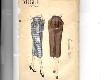 Vogue Misses' Skirt Pattern 3388