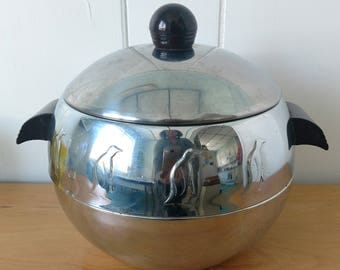vintage penguin hot cold server ice bucket West Bend Bakelite handles