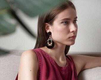 statement dangle earrings / oversized circle earrings / long drop earrings / 1270a