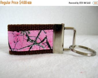 20% OFF Small Camo Key Fob - Mini Camouflage Key Chain - BROWN Woodland Keychain - Camo Zipper Pull - Pink Camo Key Ring