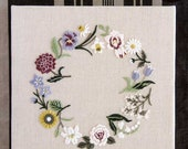 Chic Flower Embroidery - Japanese Craft Book