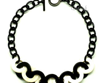 Horn & Shell Necklace - Q12794
