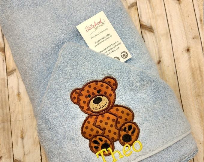 Personalized  Hooded Teddy Bear Towel, Teddy Bear Baby Shower, Teddy Bear Gift, First Birthday Gift