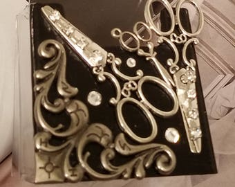 HairStylist Vertical Card Holder/Shears