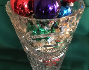 """Vintage Clear Cut Crystal Glass Frosted Leaf Design 8"""" Tall Heavy Vase EUC"""