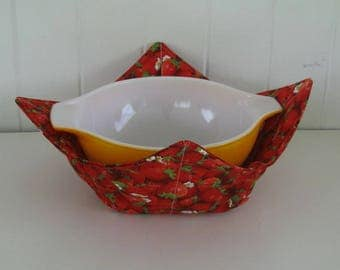 Large Microwave Bowl, Fabric Bowl, Food Warming, Serving Bowls, Microwave Cooking, Bridal Gift, Strawberries, Fruit, Red