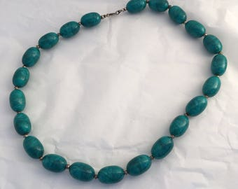 Beautiful blue marbled teal lucite beads vintage necklace