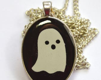 Spooky Spoopy Cute Glow In The Dark Ghost Resin Pendant