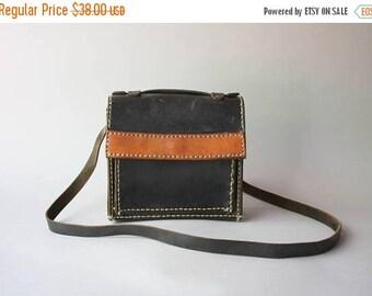 STOREWIDE SALE 1940s Shoulder Bag / Vintage 40s Leather Cross Body Bag / Vintage Black Leather Purse