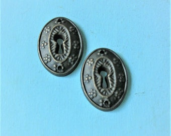 Antique Vintage Keyhole Key Hole Cover Covers Escutcheons Steampunk Jewelry Ornate DIY Jewelry Keyhole Cover
