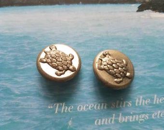Vintage  Buttons-2 matching pewter pressed metal sea turtles (June 210 17)