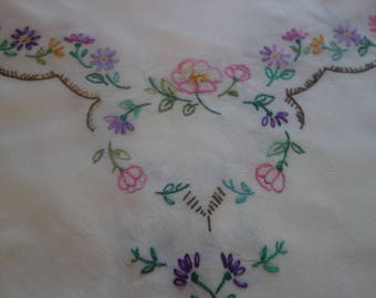 vintage hand embroidered dog rose tablecloth34x34 inches