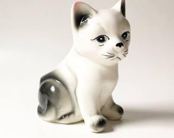 Cat Planter Ceramic Cat Planter Vintage Cat  Collectible Cat Decorative white cat Air plant pot