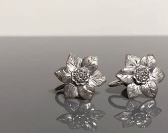 vintage silver flower screw back earrings with rhinestone accents clip on earrings leaf clip earrings 1940s 1950s party jewelry retro style