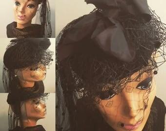 Vintage black hat 40's noir netting 1940's Hollywood femme fatale
