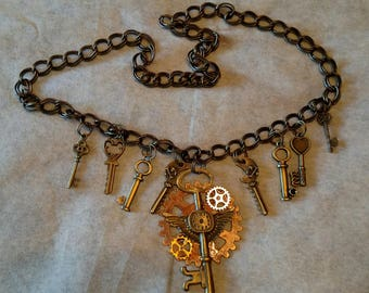 Steampunk Key Necklace, Keys, Gears, Cosplay, Novelty, Halloween, 25 inches