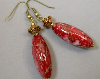 Vintage Japanese Lucite Picasso Red Gold Oval Dangle Drop Bead Earrings, Vintage Gold Ruffled Abacus Bead - Hiiro Cherry