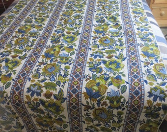 "Vtg Waverly fabric / Bi-Centennial Heirlooms Pattern ABINGDON / Screen Print / 2 pieces - 106"" long and 45"" long / 54"" wide / pillow fabric"