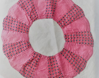 """Hand made Quilt 1970's Pink 15"""" square"""