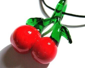 * Necklace * cherry glass