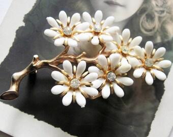 Vintage  Rhinestone White Plastic Flower Brooch