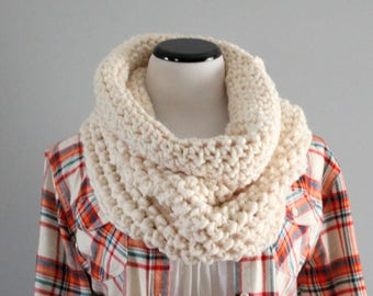 Wool Chunky Cowl | Chunky Knit | Crochet Cowl | Cream | Knitted Cowl | Loop Scarf | Gift For Her | Fisherman | Wool Cowl | Ready To Ship