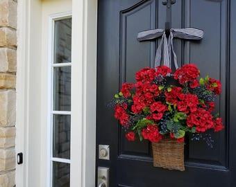 RED GERANIUM WREATH, Geranium Basket, Red Geranium Wreath, Geraniums, Wall Pocket, Summer Geraniums, Blueberry Decor, Basket Red Geraniums