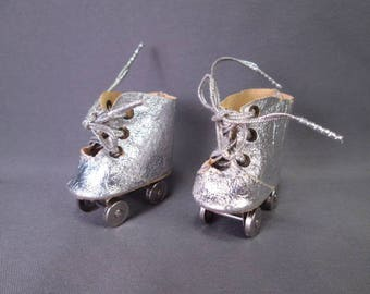 Vintage Doll Accessory - Silver Roller Skates for Tiny Terri Lee - 1955