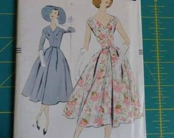 1957 Vintage Vogue 9108 Sewing Pattern Full Skirted Dress Bust 34 Uncut